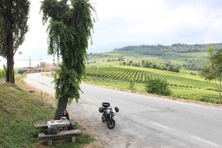 petite pause gouter dans la campagne Italienne